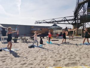 Yoga/pilates on the beach @ Rederij de Vrijheid